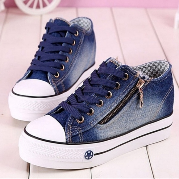 Womens Thick Sole Canvas Sneakers Flats